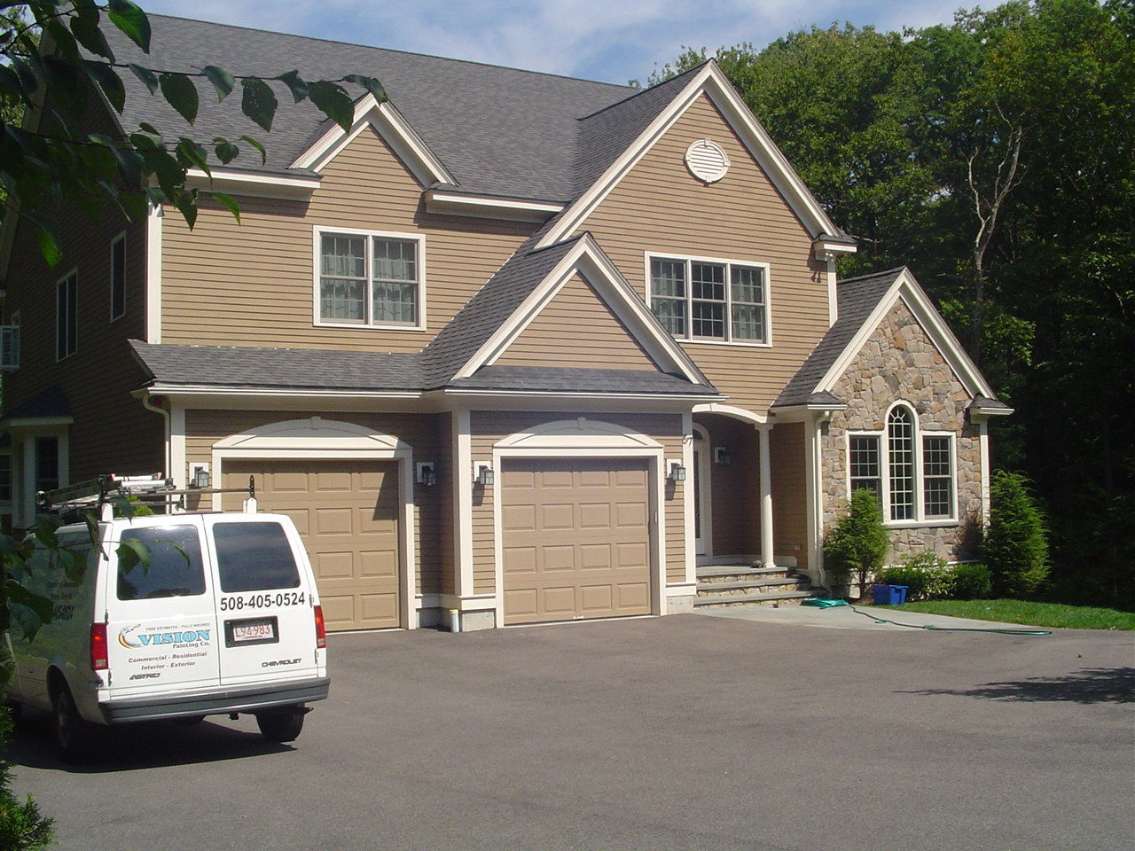 Concord ma exterior painting contractors house painting concord ma commercial residential for Exterior house painting companies